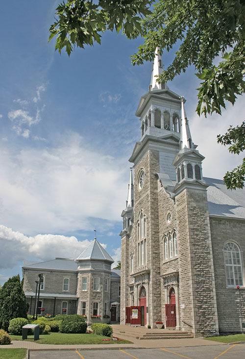 Église et presbytère Saint-Édouard de Gentilly