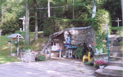 Pèlerinage à la grotte de Notre-Dame de Lourdes