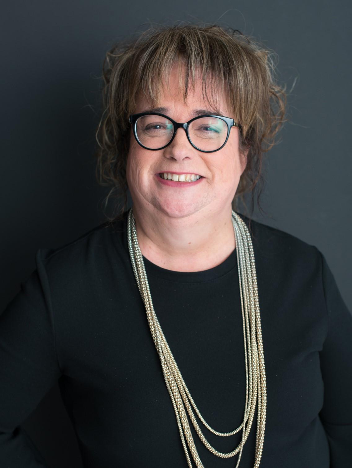 Mme Nathalie Benoit